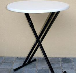 table haute h110 diam 90cm 8€ hors tva