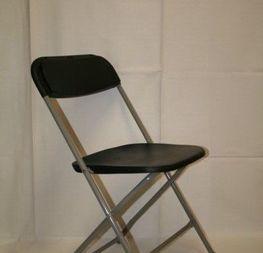 chaise pliante pvc  0.90 cts hors tva