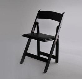 chaise noire résine 2 € hors tva